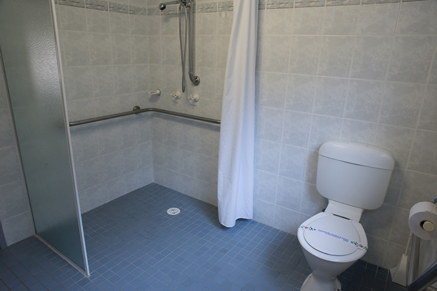 Wheelchair Accessible Bathroom Haven Holiday Resort Sussex Inlet Jervis Bay Shoalhaven NSW